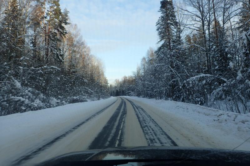 Дорога на Малую Вишеру после съезда с трассы E105